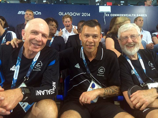 Price Harry Photobomb Commonwealth Games