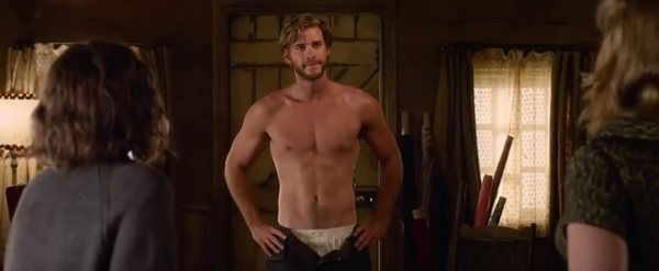 The-Dressmaker-Liam-Hemsworth